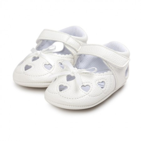 little tots heart pram shoes - white